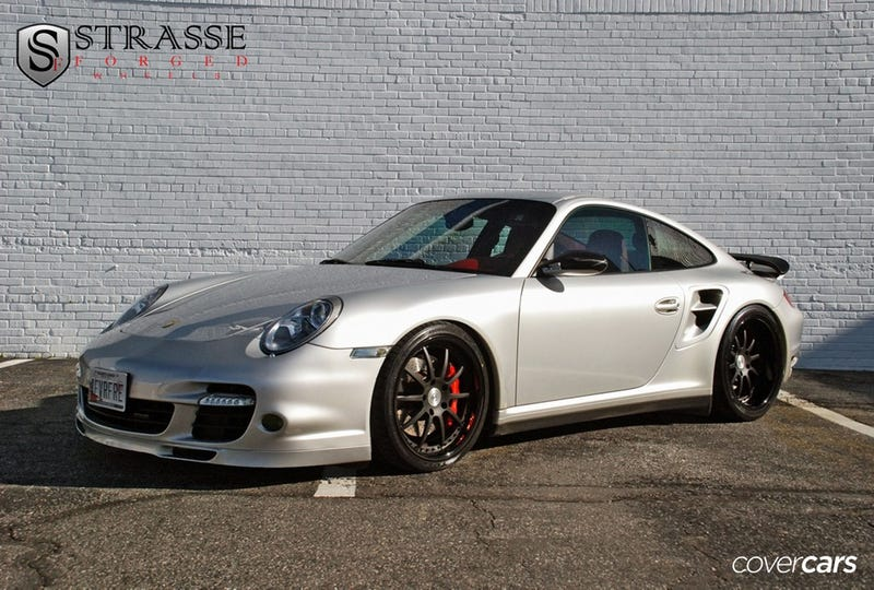 Porsche Color of the Night: GT Silver