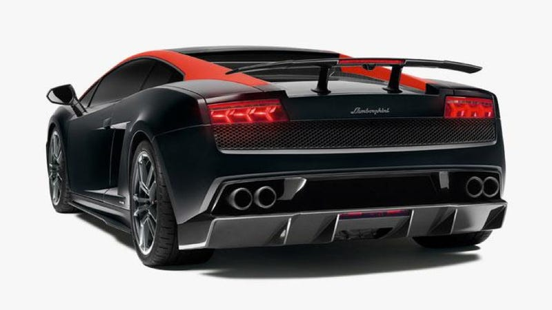 Lamborghini LP 570-4 Edizione Tecnica: A Big Wing And Loud Paint