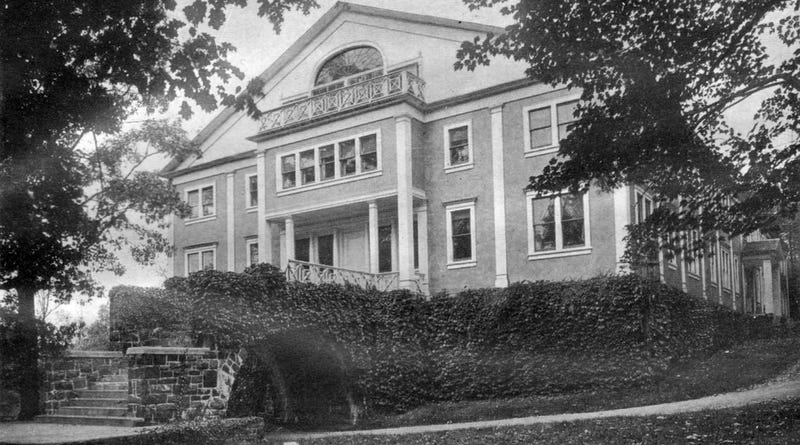 How Upton Sinclair Turned The Jungle Into a Failed New Jersey Utopia