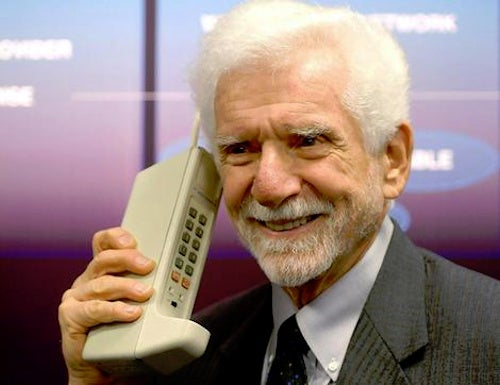 Inventor of Cellphones Says They've Become Too Complicated