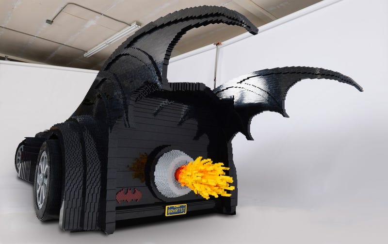 Got Half a Million Lego Bricks? Build Yourself a Life-Size Batmobile