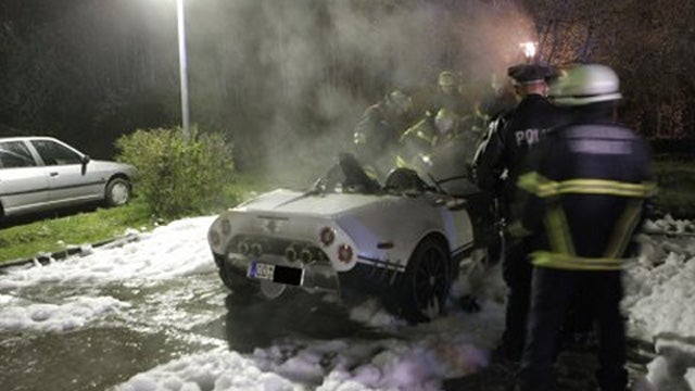 This Is What A Spyker C8 Looks Like After Setting Itself On Fire