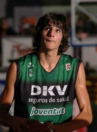 Ricky Rubio To Remain In Spain