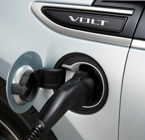 4,400 Volt Owners Will Get Free Charging Stations
