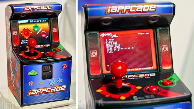 Adorable iPhone Arcade Cabinet Is Waiting For Your Minuscule Quarters