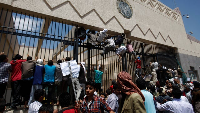 Protesters Storm US Embassy in Yemen as Anger Over Anti-Islam Film Grows