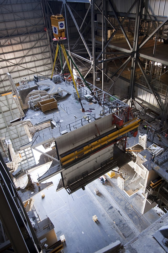NASA Dismantles the Last Traces of the Space Shuttle Program