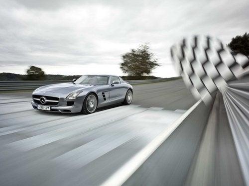 2010 Mercedes SLS AMG: Exterior, Silver
