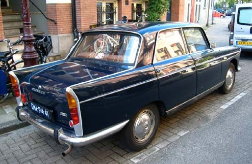 Super-Clean Peugeot 404 Thrives On The Amsterdam Street