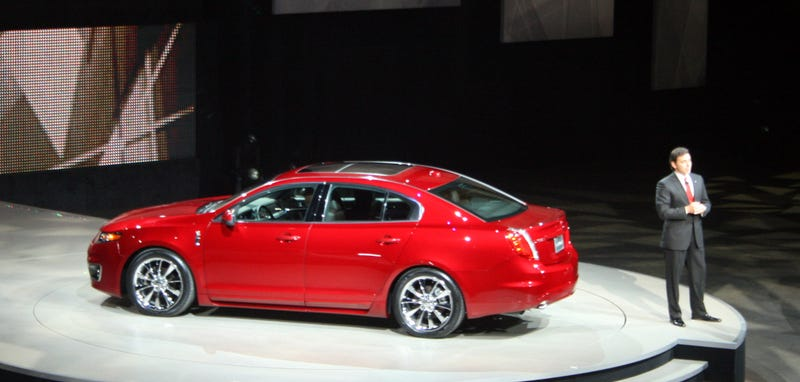 2010 Lincoln MKS: Entry-Level Luxe Sedan Gets EcoBoost Engine