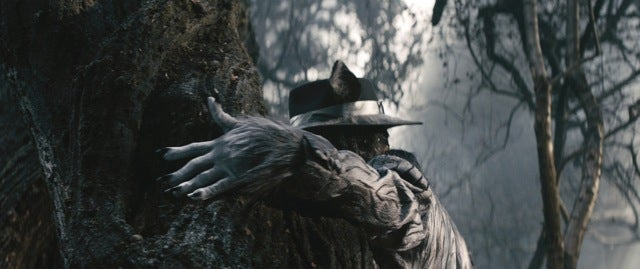 Into The Woods Images Show Disney's Very Different Movie Recreation