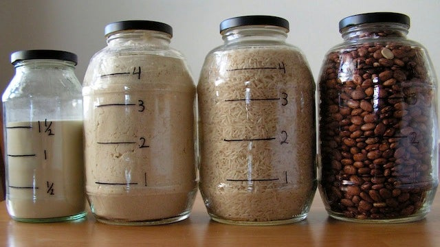 Draw Measurements on Clear Food Storage for Fast Measure-Free Cooking