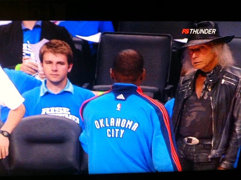 Lesbian Grim Reaper Also Impressed By Kevin Durant's Performance