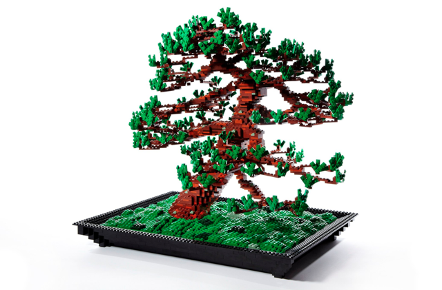 This Bonsai Tree Made Entirely of LEGO Makes Me Wish I Had LEGO Scissors