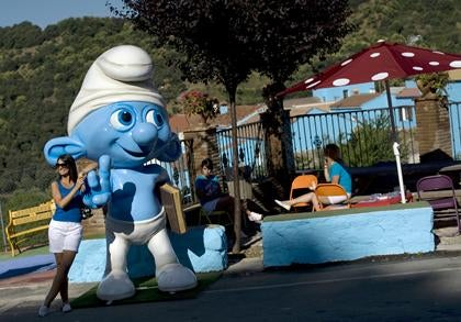 Spanish town paints itself blue to celebrate the Smurfs movie