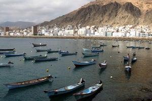 'At Least 40' Al Qaeda Suspects Escape from Yemen Jail