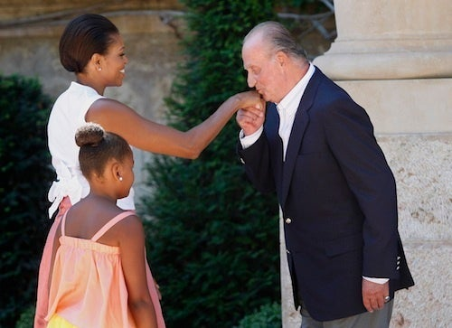 Holy Crap, Michelle and Sasha Obama Had a Nice Lunch Today with the King of Spain