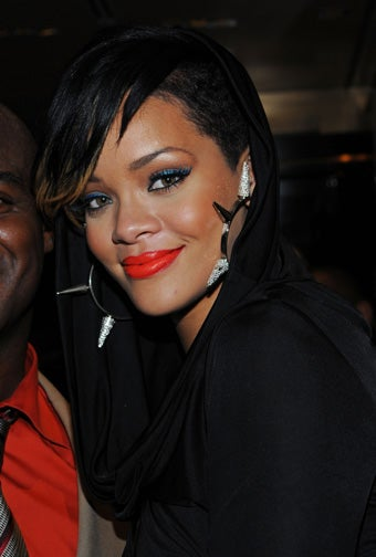 LAPD Officer Being Investigated For Leak Had Worked On Rihanna's Case