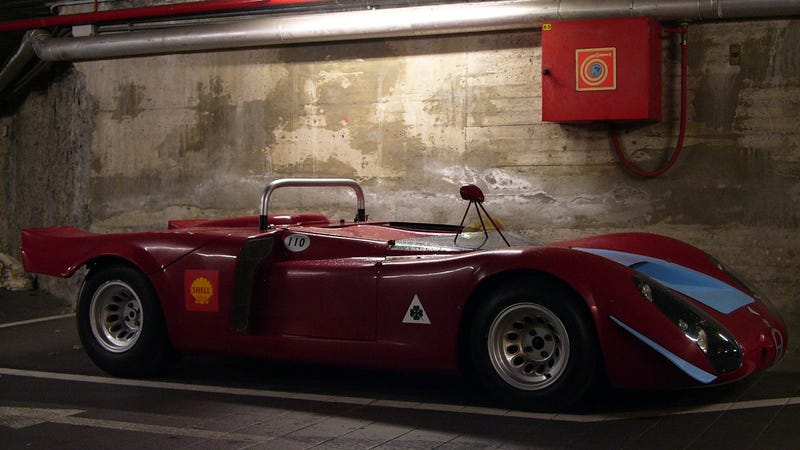 How to parallel park a 1968 Alfa Romeo racing prototype