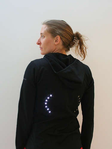 Signal Jacket for Cyclists Gets Instructable: Your Arms Will be Happy