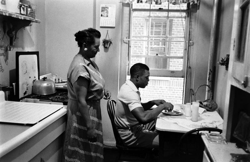Here's Willie Mays, MVP, Eating Breakfast In His Little Apartment