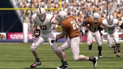 NCAA 11 Demo Screens: Texas and Oklahoma