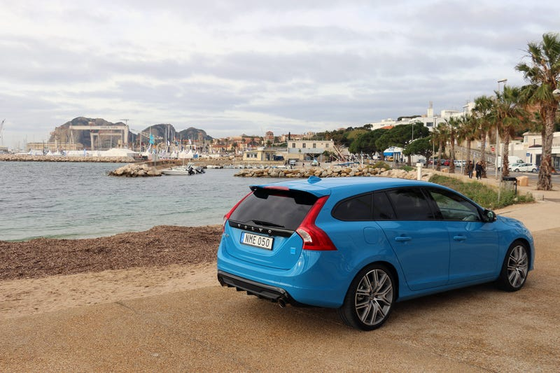 Frum volvo portugal ver tpico polestar a diviso desportiva in case you like numbers i can also reveal that the wagon is slightly heavier than the sedan with its curb weight of 3960 pounds making it to 60 mph in fandeluxe Image collections