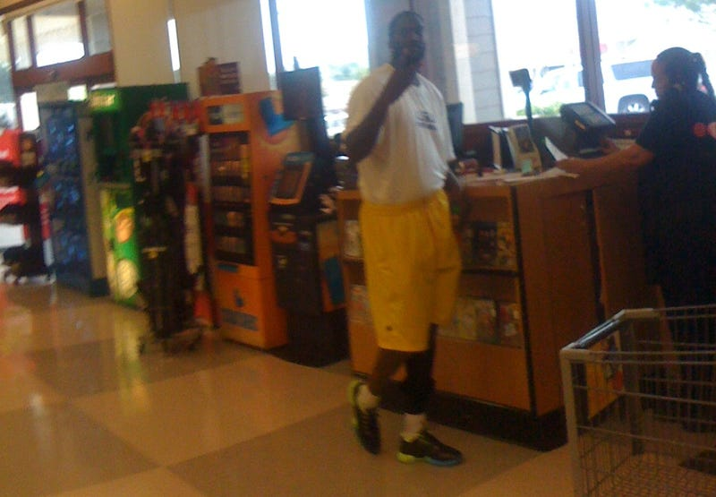 JaMarcus Russell Cashed A Personal Check At A Grocery Store In San Diego Yesterday