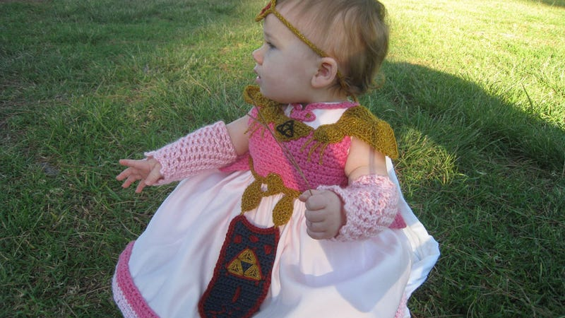 Well Excuse This Adorable, Tiny Princess Zelda
