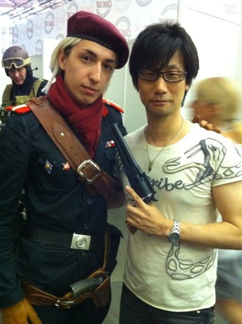 Metal Gear Solid Creator Poses With Cosplayers