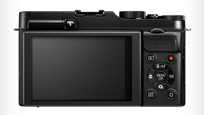 Fujifilm X-A1: This Mirrorless Shooter Is Budget Inside and Out