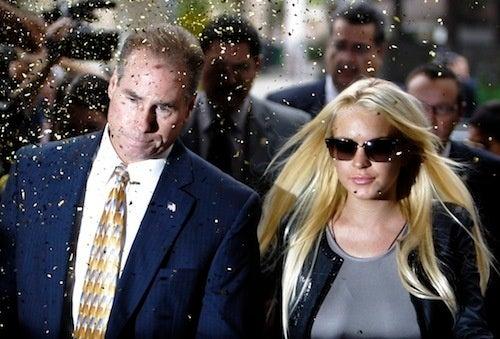 Lindsay's Send-Off Is A Real Golden Shower