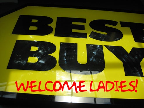 Best Buy Thinks Girlier Stores Will Make Womenfolk Buy More Gadgets