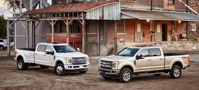 2017 Ford Super Duty: New Body, Old Engines, High-Tech Idiot-Proofing