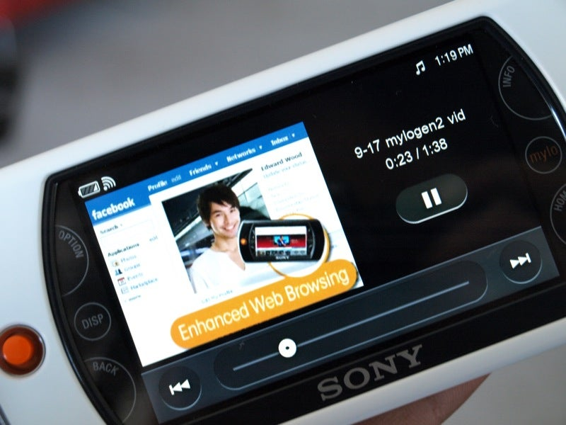 Mylo 2 Has New Design, Touchscreen, Flash Support