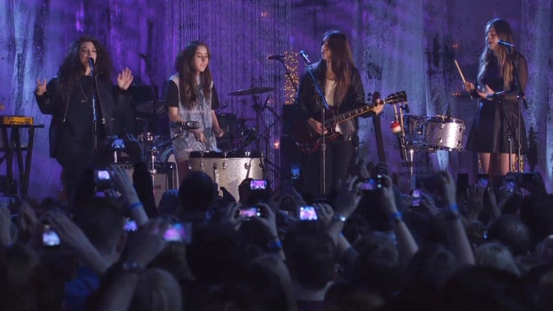 HAIM and Lorde Perform 'Strong Enough' and My Vagina Just Exploded