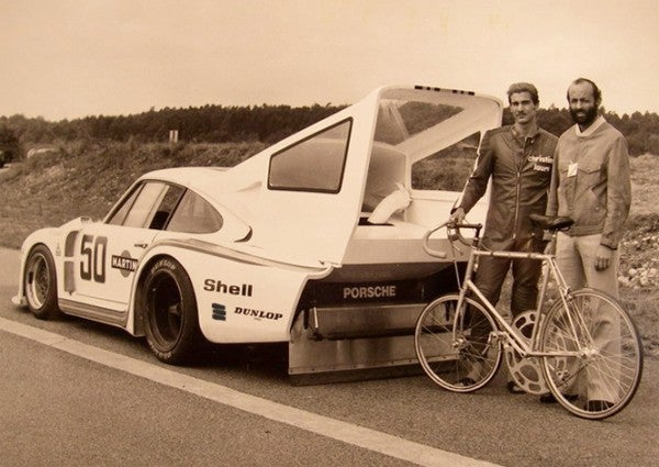 A Porsche, A Bicycling Record, And One Giant Sprocket