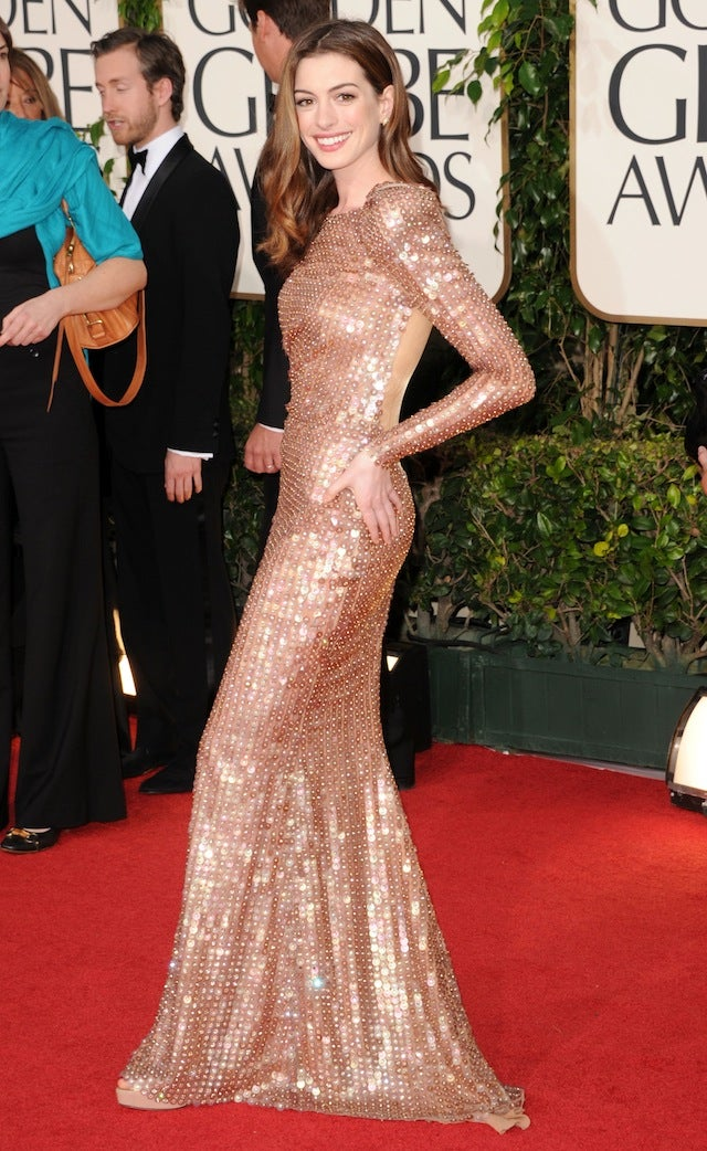 Red Carpet Fashion: Christina Hendricks, Depp, Hathaway, Downey Jr., Tilda
