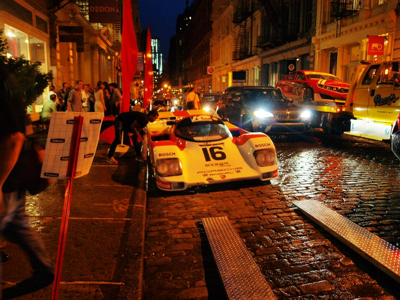 Here's What It Looks Like To Load A Porsche 962