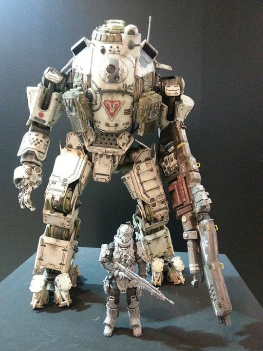 Photos Of The New Dead Space And Titanfall Figures