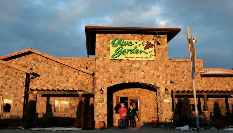 Stomach Virus Tied to Olive Garden and Red Lobster, Lawsuits to Follow