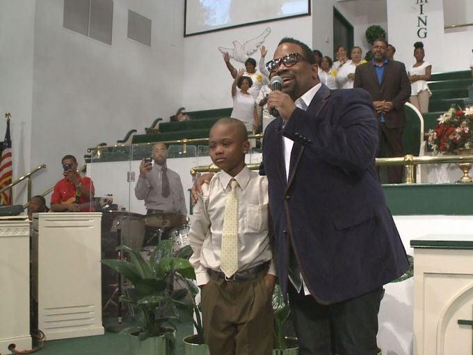Brave Boy Sings Gospel Song Over and Over Until Kidnapper Lets Him Go