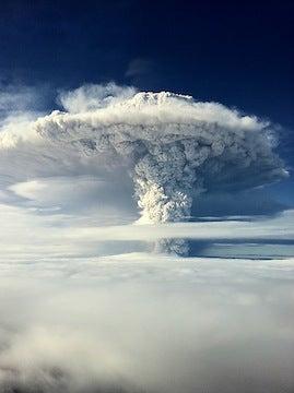 Au Chili, le volcan Calbuco s'éveille après 43 ans de tranquillité 18mfs8qkcr4x7jpg