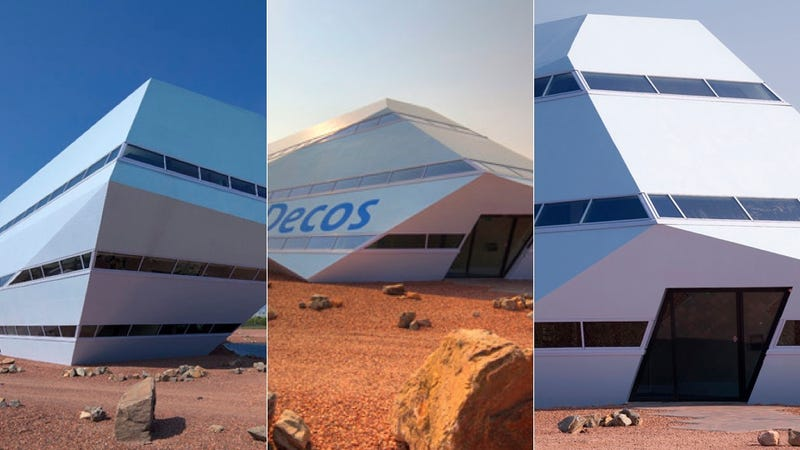 Dutch Building Looks Like It Landed on the Surface of Mars