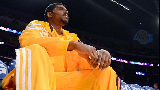 The Philadelphia District Attorney Trolled Andrew Bynum's Bum Knees