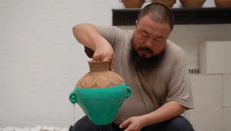 Florida Artist Smashes Ai Weiwei Vase In Protest