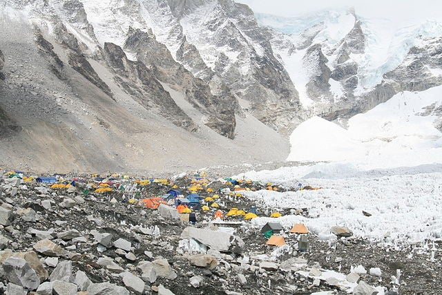 Climbers, please stop throwing your trash all over Mount Everest