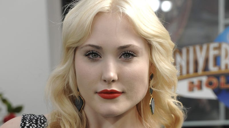 Hayley Hasselhoff Seems Pretty Cool With Being a 'Plus-Size' Model
