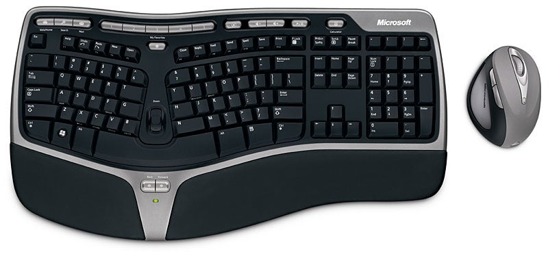 Microsoft Natural Ergonomic Desktop 7000 Uses 2.4GHz Tech