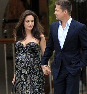 "Angelina Jolie: ""Shocked"" By Twins"